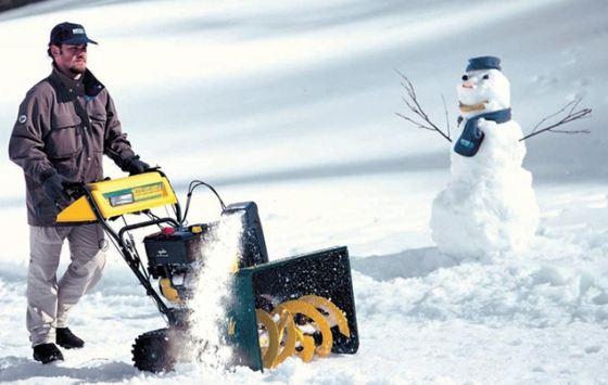 Зимой без снегоочистительной техники достаточно трудно