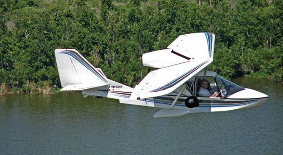 В штате Нью-Йорк столкнулись самолеты Cessna 172 и SeaRey