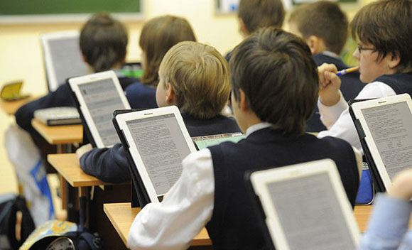 Microsoft разработает планшет для российских школьников