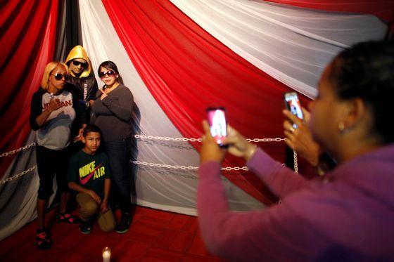 С телом боксера Кристофера Ривера Амаро модно фотографироваться
