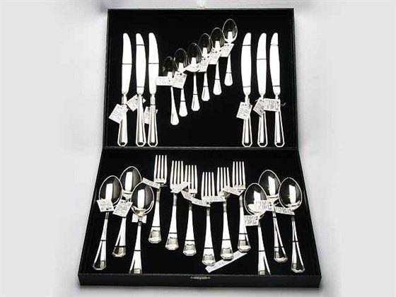 Столовое серебро - оригинальный и полезный подарок