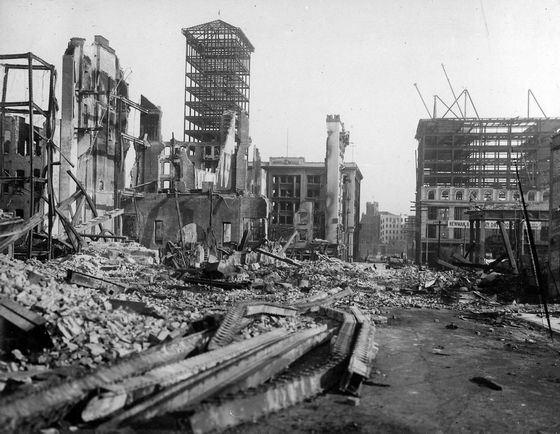 Великий пожар в Сан-Франциско пришел после землетрясения.