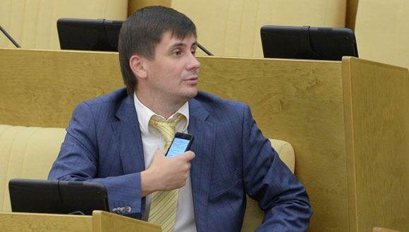 Депутат Деньгин предлагает ранжировать СМИ по «жанрам»