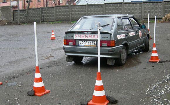 Автошколы Саратова и области остались без лицензий ГИБДД