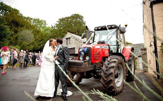Самые необычные свадебные традиции в мире