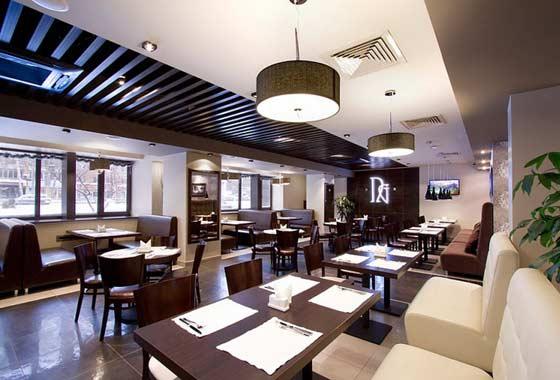 Качественная мебель позволяет создать комфортную обстановку в ресторане или кафе