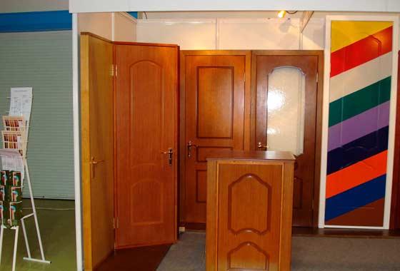 Шпонированные двери украсят интерьер любого помещения