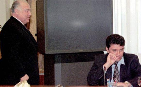 Boris Nemutsov tried in vain to transplant officials into the Volga