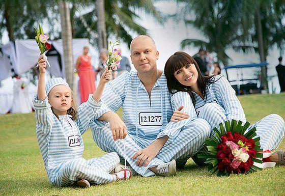 Сергей Светлаков рассказал, почему его свадьба была без колец, но в тюремных робах