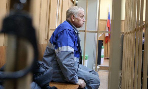 Водитель снегоуборщика Владимир Мартыненко, обвиняемый по делу о катастрофе во «Внуково»