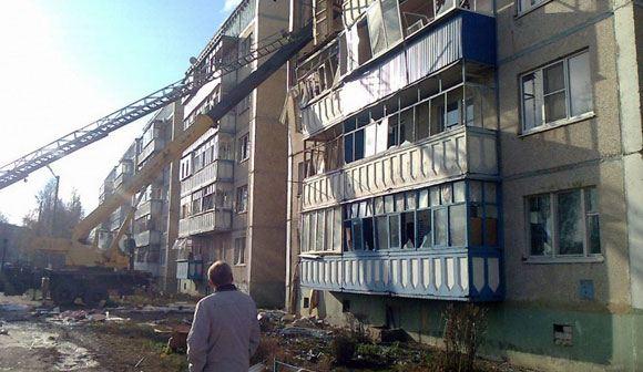 Разбор завалов на месте взрыва в Данкове