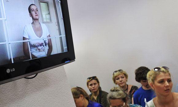 Расследование якобы имевших место преступлений Савченко продолжается