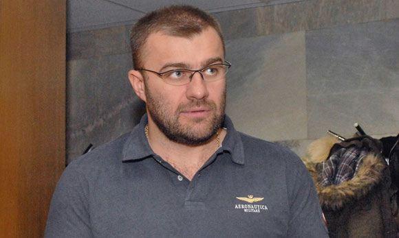 Пореченков считает недоразумением то, что он стрелял из пулемета в каске «пресса»