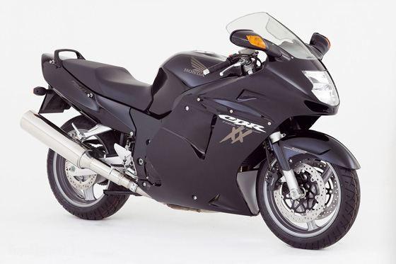 Honda CBR1100XX Blackbird - самый быстрый мотоцикл в 1996 году