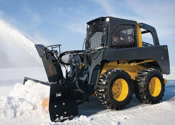 В преддверии снежной зимы снегоуборочная техника очень актуальна