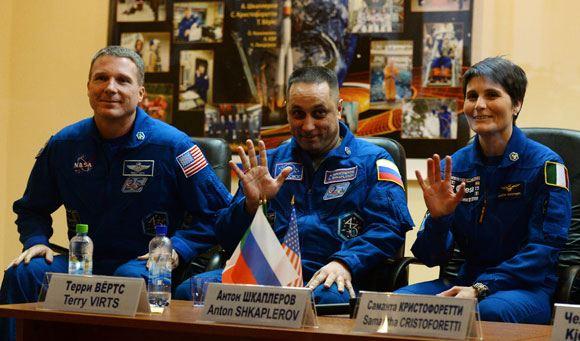 Экипаж 42-й экспедиции на МКС
