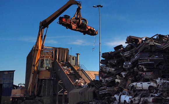 Правительство надеется поддержать авторынок программой утилизации автомобилей