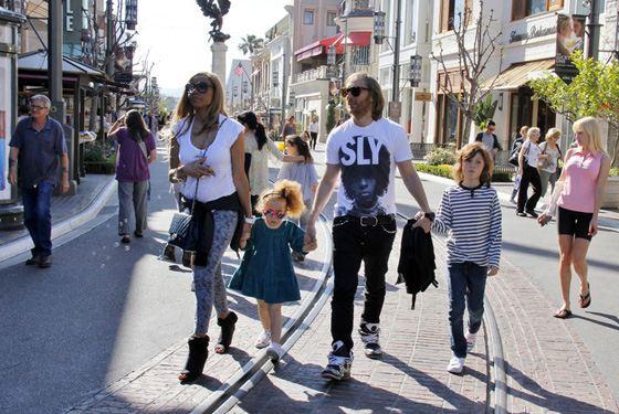 Дэвид Гетта с детьми и женой