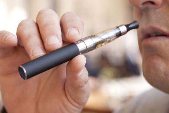 Электронная сигарета позволит вам курить в кафе