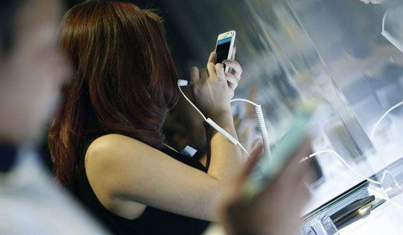 Samsung поднимает цены вслед за Apple