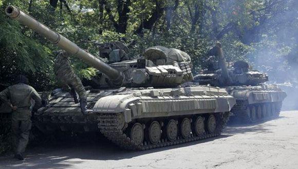 СНБО Украины заявляет о том, что российская военная техника снова пересекает границу