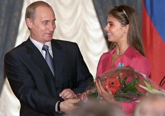 Кобзон пошутил о второй жене Путина