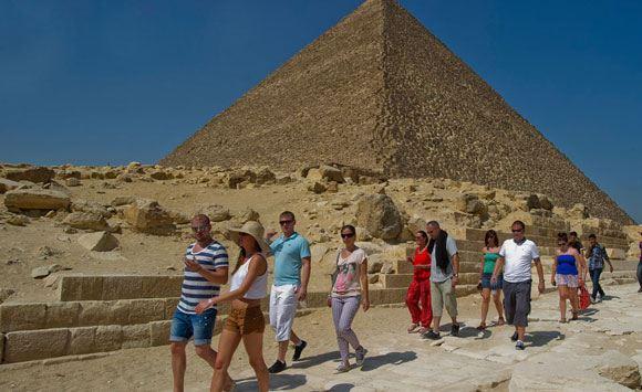 Египет временно упразднил визовый сбор для россиян
