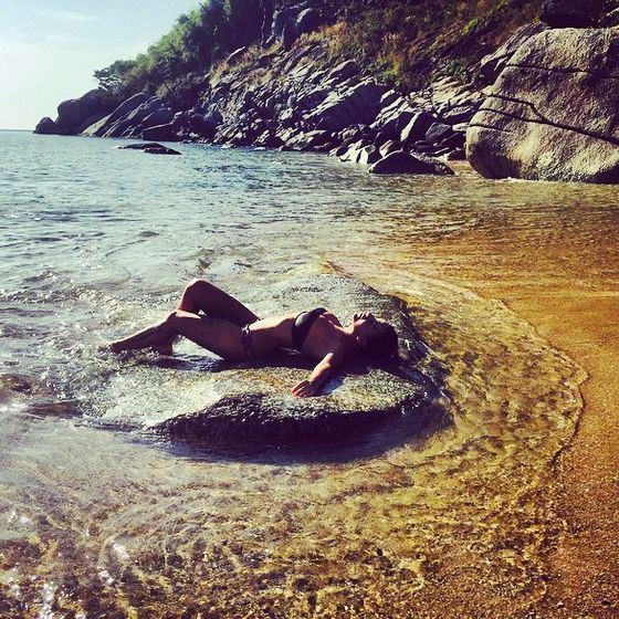 Экс-«татушка» Юлия Волкова показала фото в купальнике