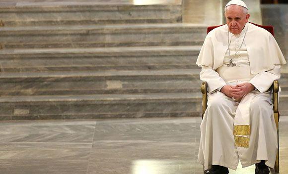 Папа Римский призвал не высмеивать религии