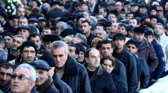 Похороны семьи Аветисян, убитой в Гюмри