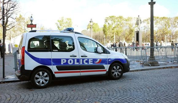 Во Франции задержаны предположительно готовившие теракт россияне