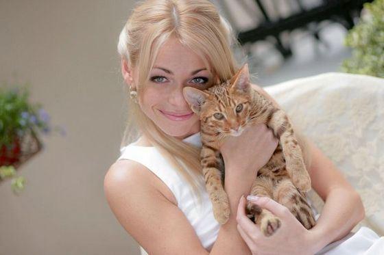 Anna Khilkevich woke up the groom to postpone the wedding