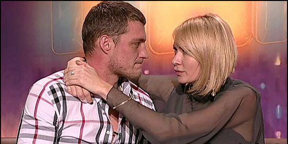 «Дом-2»: Элина Камирен и Александр Задойнов выбрали дату свадьбы