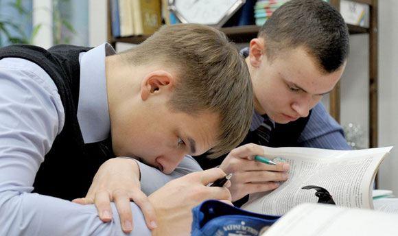 Российские школьники, скорее всего, будут делать меньше «домашней работы»