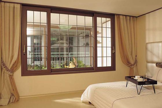 Профиль пластикового окна и фурнитура влияют на стоимость