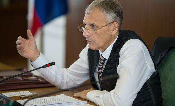 В Южно-0Сахалинске задержали губернатора области Александра Хорошавина