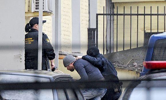 Басманный суд столицы арестовал пятерых подозреваемых в убийстве Немцова