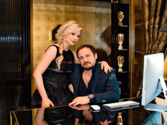 На фото: Стас Михайлов с женой