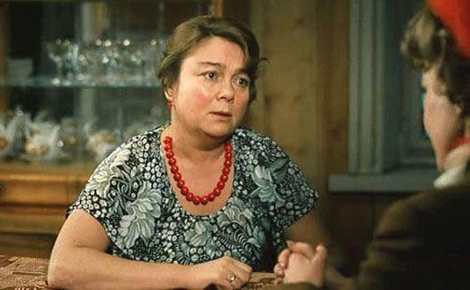 "Nina Doroshina in the painting ""Love and pigeons"""