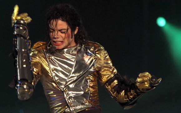 По словам Рассела Кроу, Майкл Джексон донимал его телефонными звонками