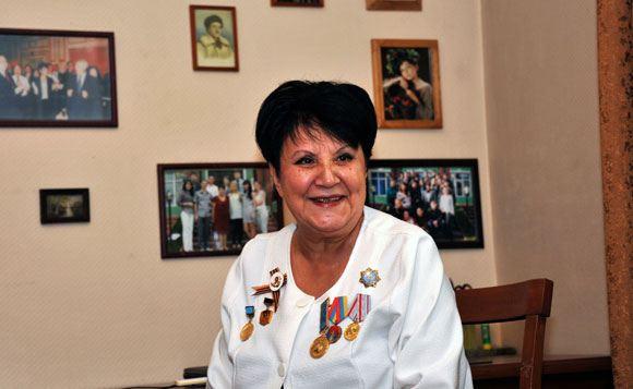 В Алма-Ате неизвестные напали на дочку знаменитого композитора Байкадамова
