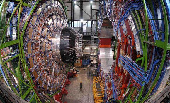 Большой адронный коллайдер изнутри