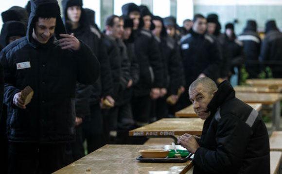 Госдуму просят ввести квоту на трудоустройство отбывших наказание граждан