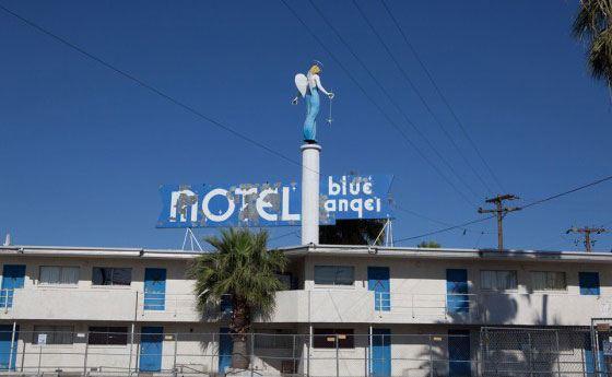 Отель Blue Angel в Лас-Вегасе