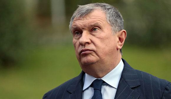 Выяснилось, что Сечин ежемесячно получает до 20 миллионов рублей