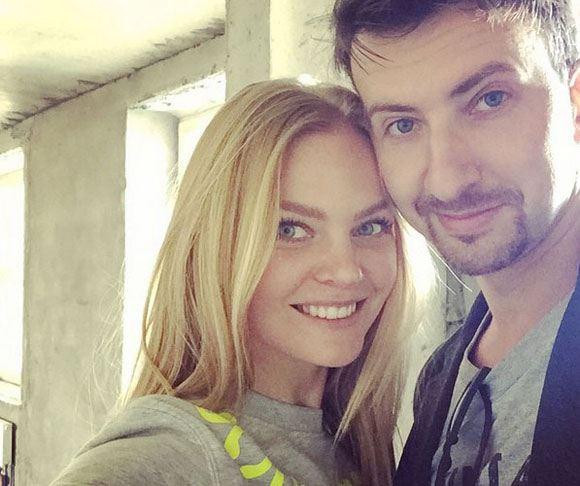 Елена Кулецкая и ее муж в их новой квартире