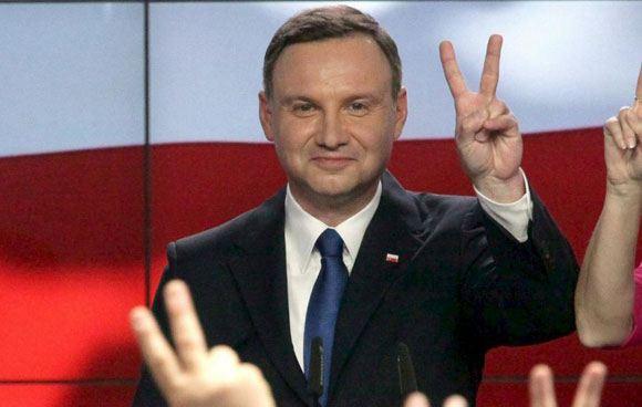 Польский политик Анджей Дуда лидирует на выборах президента Польши