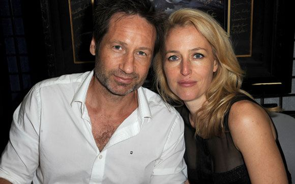 """Stars of the """"X-Files"""" David Duchovny and Gillian Anderson"""