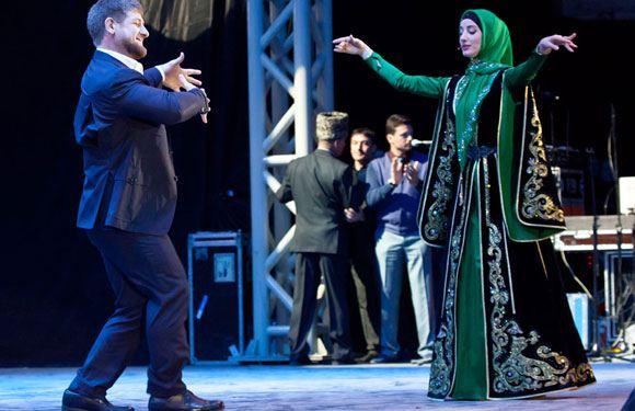 Кадыров считает нормальной предстоящую женитьбу чеченского полицейского на несовершеннолетней