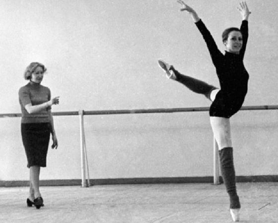 Galina Ulanova and Maya Plisetskaya during a rehearsal. 1969